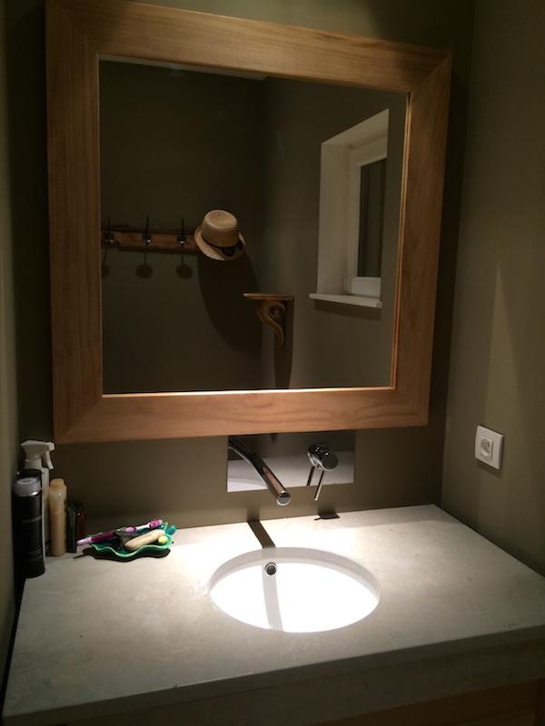 ambiance vasque et miroir