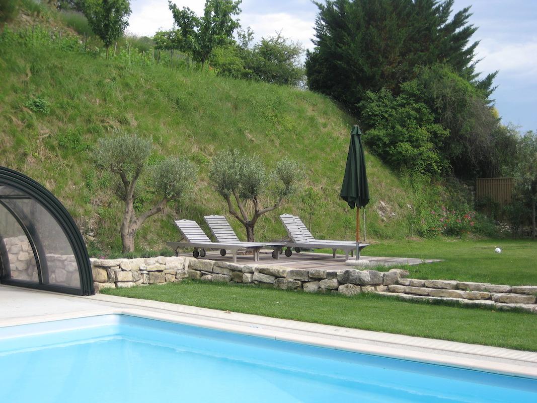 piscine et plage chateau de divaleu