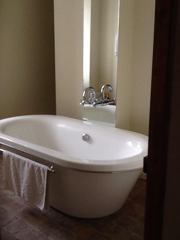 salle de bain au chateau de divajeu